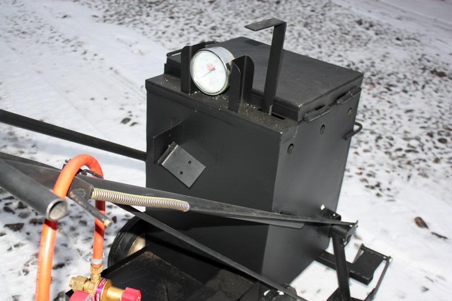 Портативный котел заливщик  для герметизации швов и трещин на асфальте -  МА -10Р